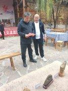 河南石界参访团第八站来到邯郸十六沟赏石基地 图